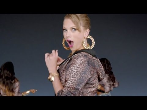 13 Awkward Taylor Swift Dance Moves