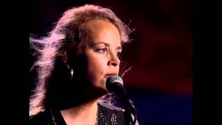 Watch Mary Chapin Carpenter When She