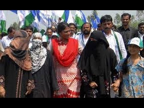 YS Sharmila padayatra At West Godavari -TV5
