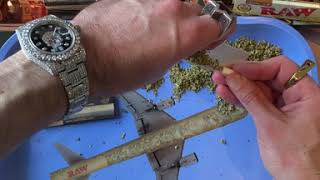 An easier way to roll RAW Rolling Papers!