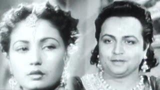 Karman Ki Gati Nyari Jag Mein, Meena Kumari - Veer Ghatotkach, Emotional Song