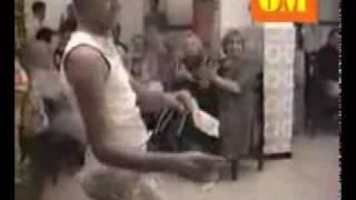 Download chouf dak ennakche ragssa ki dayra avec abdou fi mostaganem 3Gp Mp4