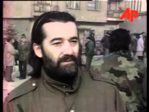 BOSNIA SARAJEVO SERBS PROTEST AT FUTURE MUSLIM  CROAT RULE November 25, 1995