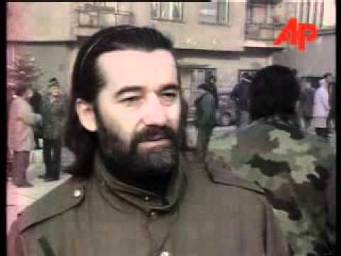 BOSNIA SARAJEVO SERBS PROTEST AT FUTURE MUSLIM  CROAT RULE November 25, 1995