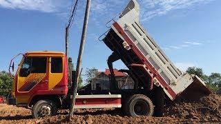 ឡានដឹកដី, Loader Loading Dump Truck in Cambodia