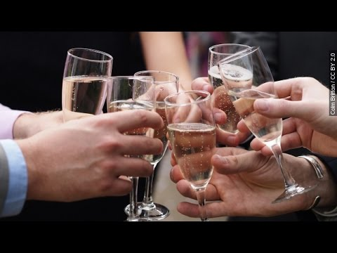 There Might Be A Health Benefit To Popping Champagne Bottles - Newsy