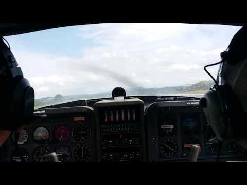 Despegando en La Morgal. Avioneta Tampico.