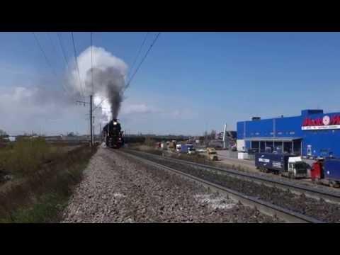 Паровоз Л 5289 с грузовым поездом на С-Пб. узле.
