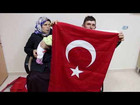 15 Yıl Sonra Çocuk Sahibi Olan Çift Bebeklerini Türk Bayrağına Sardı