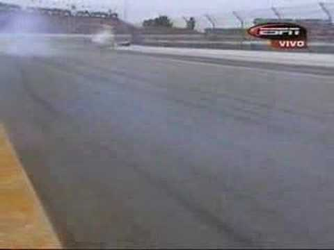 2003 Indy 500 - Richie Hearn and Jacques Lazier crashes Video