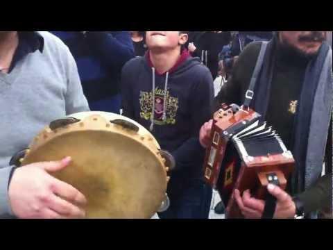 Tarantella calabrese chitarra organetto tamburello Gallicianò Aspromonte