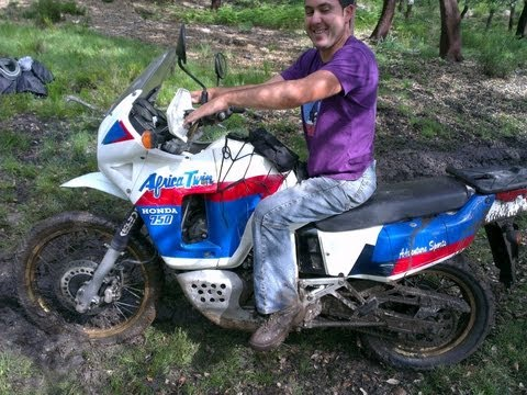 El loco del campito Africa Twin Off-Road Crash 4x4
