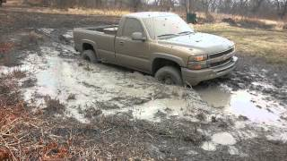 2002 chevy 2500hd getting stuck and slinging mud