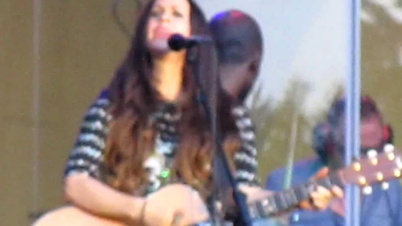 Alanis Morissette - Flinch Lyrics | Musixmatch