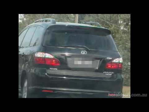 Malaysian Chinese Road Bully In Melbourne video