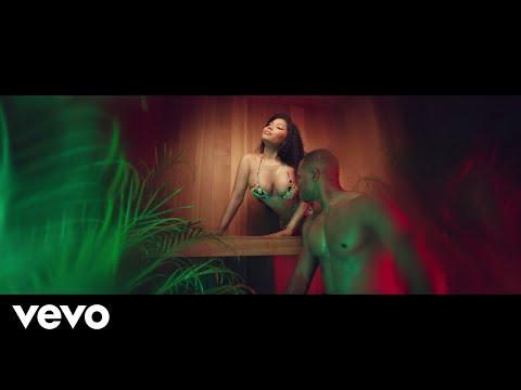 "Nicki Minaj – ""MEGATRON"""