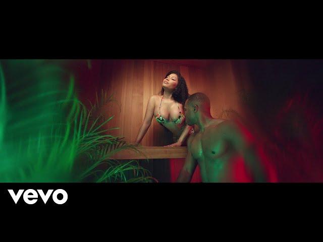 Nicki Minaj - MEGATRON thumbnail