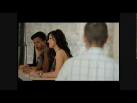 Сара Окс в рекламе дверей UNION