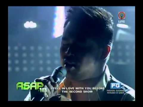 Erik, Lani & Jed sing 'Solitaire/Superstar' on ASAP