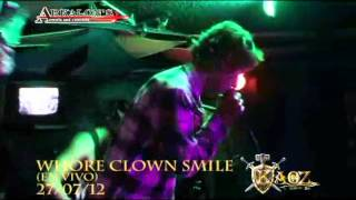 Whore Clown Smile en Kaoz Bar