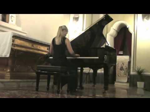 Musica in Castello – Ottavia Maria Maceratini – Drei Klavierstücke D. 946 – F. Schubert (N.1)