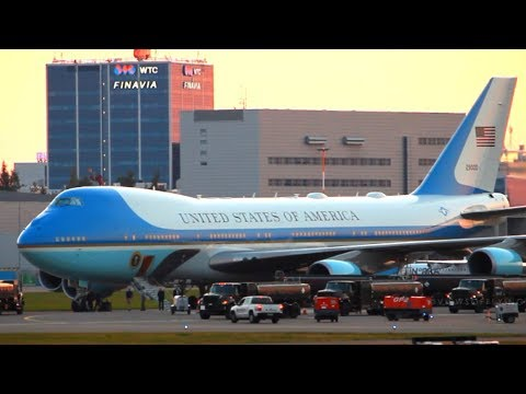 AIR FORCE ONE   Landing at Helsinki Airport for Trump-Putin Summit   President on Board!