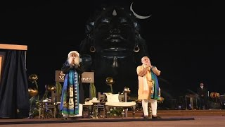 Download PM Narendra Modi at Unveiling of 112 feet statue of