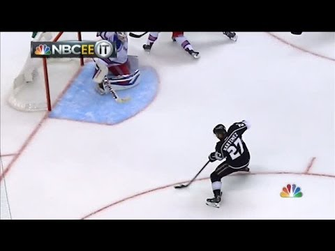 Alec Martinez wins the 2014 Stanley Cup for Los Angeles Kings in 2OT