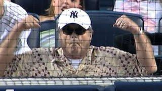SEA@NYY: Jack Nicholson enjoys the game