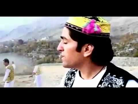 Best  Afghanistan  Pashto New Attan Song 2012 video