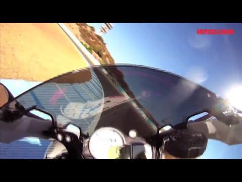 BMW HP4: il test di Motociclismo in pista a Jerez