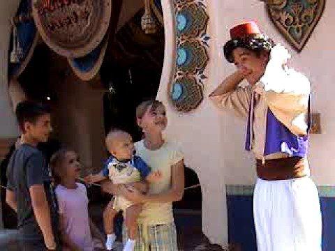 aladdin meet and greet aladdins oasis adventureland