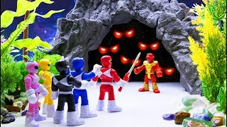 Toys Play Time Power Rangers x Avengers Find Treasure Mummy Attack Toy Story Action Movie 2018 #1