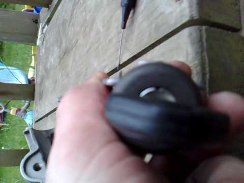 Remove barrel from igntion lock on BMW 525I