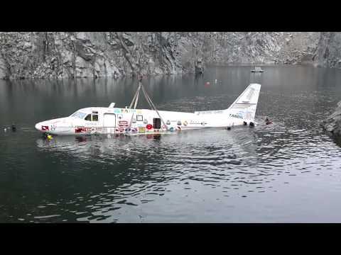 20141018 hundimiento avion cantera el carpincho tandil 8