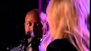 *The Voice* [FINALE] Javier Colon and STEVIE NICKS perform LANDSLIDE