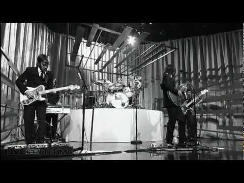 Foo Fighters - Walk HD (Video Official)