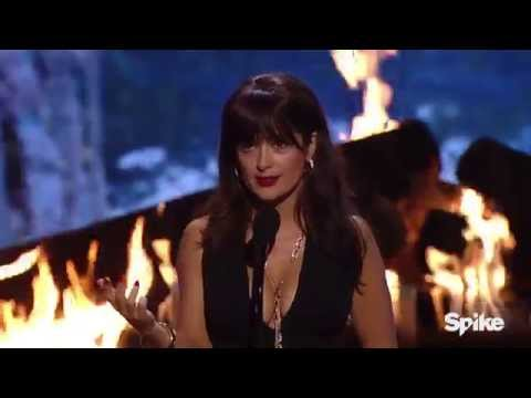 Salma Hayek Accepts Decade of Hotness Award - Guys Choice 2015
