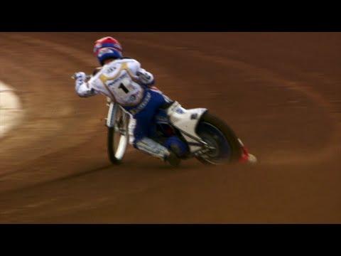 SPEEDWAY: Vicki takes on Speedway biking with Nicki Pedersen - Fifth Gear