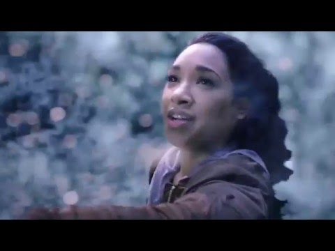 The Flash 2x21 - Cisco & Iris save Barry from the speed force/Barry & Iris visit Nora Allen's grave