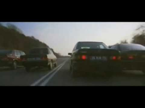 CAR CHASE PEUGEOT 505 RENAULT 25 BMW MERCEDES METALLICA FUEL  ROCK N ROLL