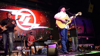Watch Tracy Lawrence Speed Of A Fool video