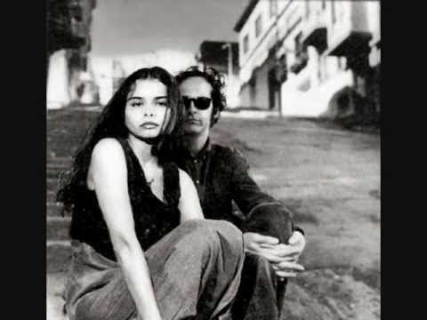 Mazzy Star - Common Burn new song Oct. 2011 +  lyrics
