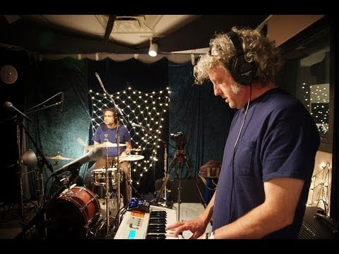 Wooden Shjips - Black Smoke Rise (Live on KEXP)