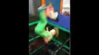 Kid falls through net *FUNNY* Gamecube edition