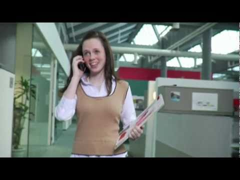 Microsoft Unified Communications [Parody Devil Wears Prada]