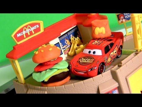 Play Doh McDonalds Restaurant Playset with McQueen @ Drive-Thru Ordering Happy Meal Burger Breakfast