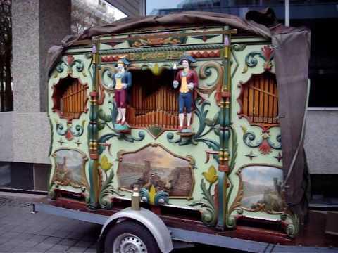 Draaiorgel De Gouden Harp speelt - Bestel mar