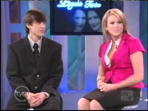 Psychic Twins Tyra (Tyra Banks Show)