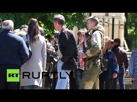 Ukraine: Slavaynsk mourns anti-Kiev activists